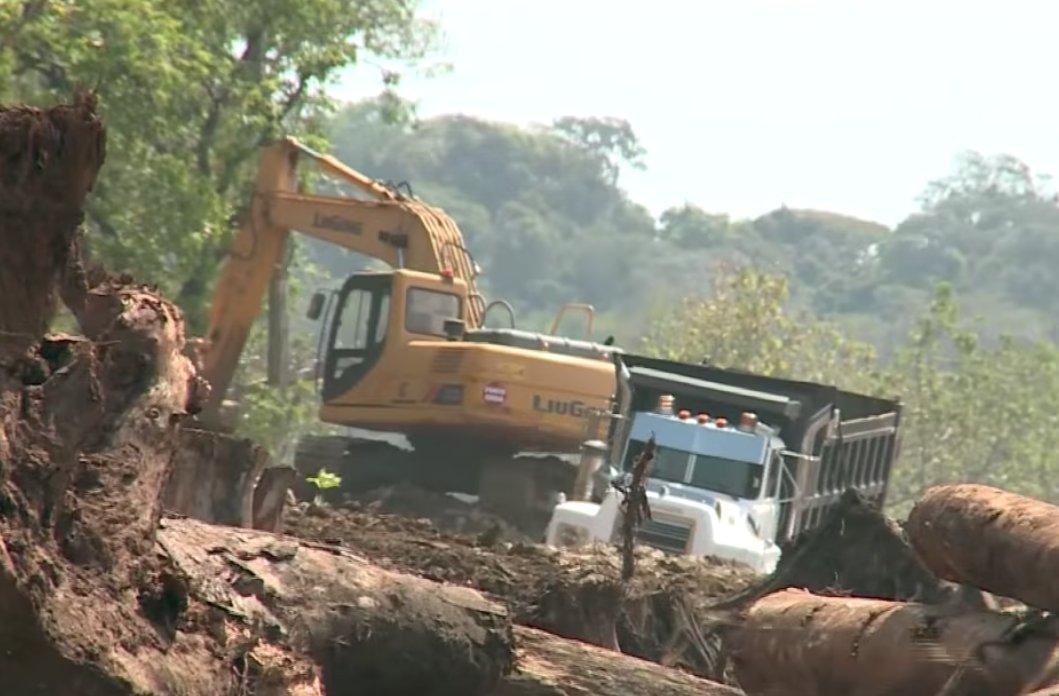 CIAM presenta denuncia contra funcionarios del Miambiente y MOP