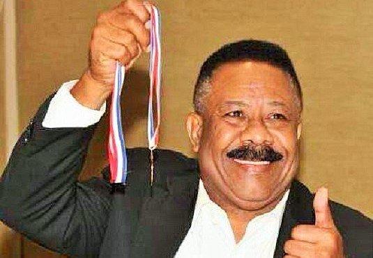 Hijo del excampeón mundial Eusebio Pedroza desmiente fallecimiento de su padre