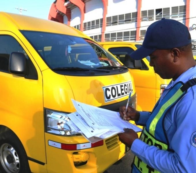 Período de inspección de buses colegiales iniciará el 10 de febrero