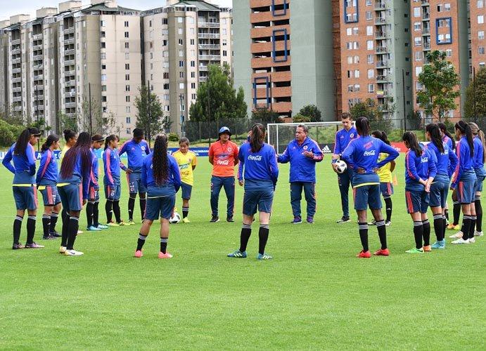 Colombia: Denuncian de acoso a entrenador de selección femenina