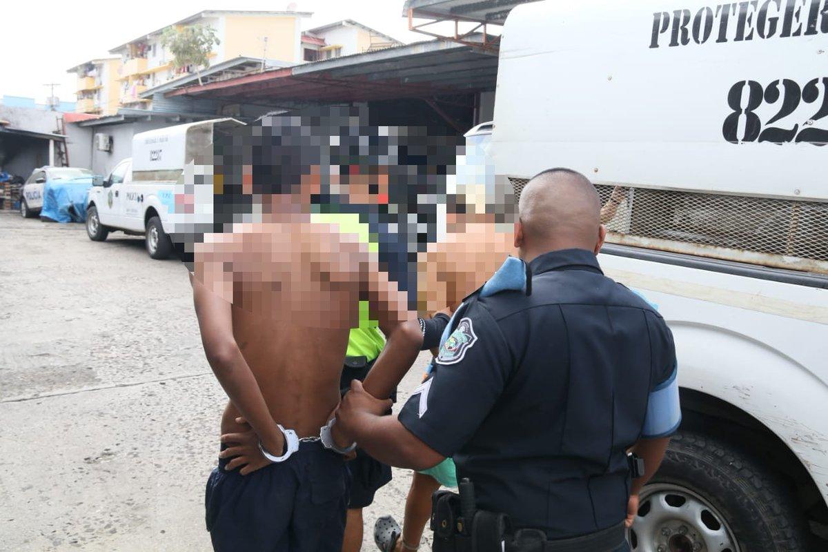 Capturan a cinco sospechosos de robo registrado en una agencia de viajes