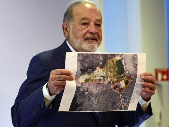 Empresario Carlos Slim planea retirarse, dice presidente de México