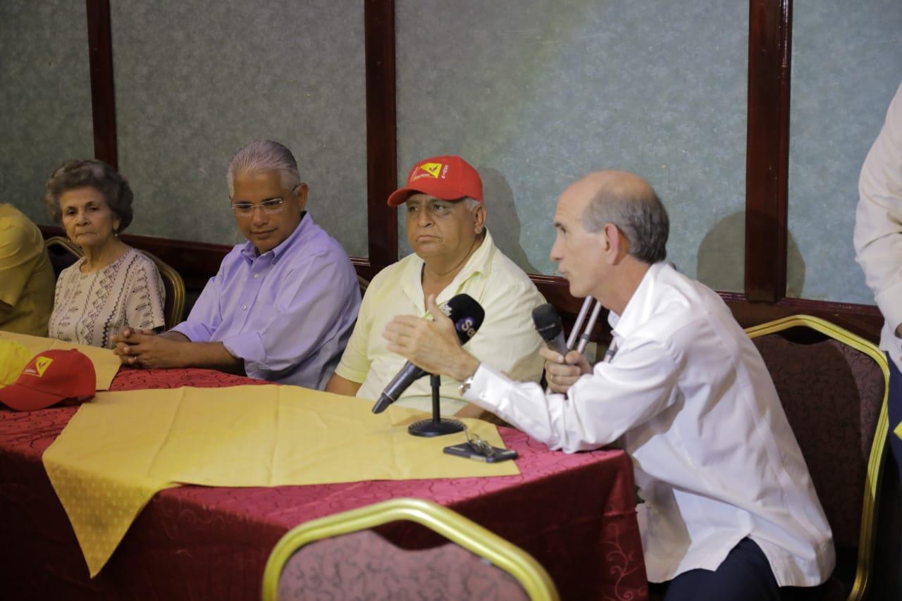 Fundadores del Molirena apoyan a Blandón