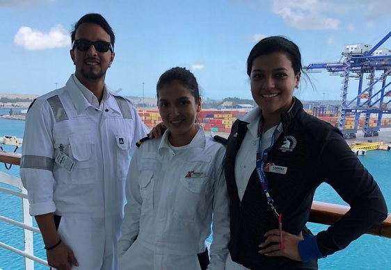 Jóvenes mujeres panameñas hacen historia en tripulación de cruceros