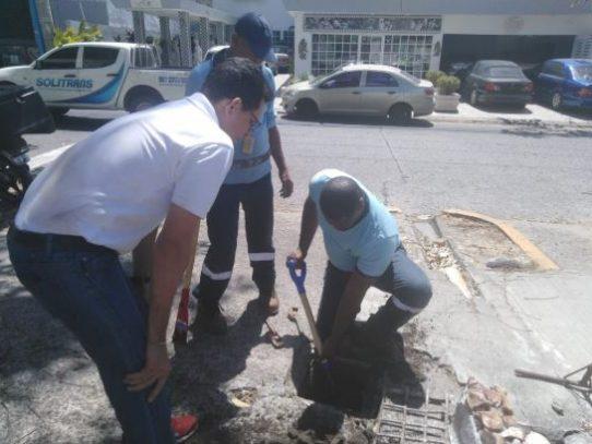 Idaan realiza operativo de corte de agua a clientes morosos en la capital