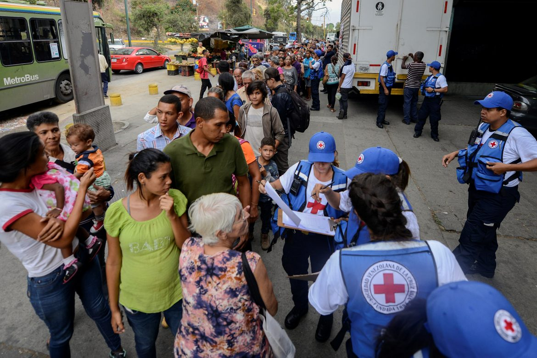 La Cruz Roja comenzó a distribuir ayuda humanitaria en Venezuela