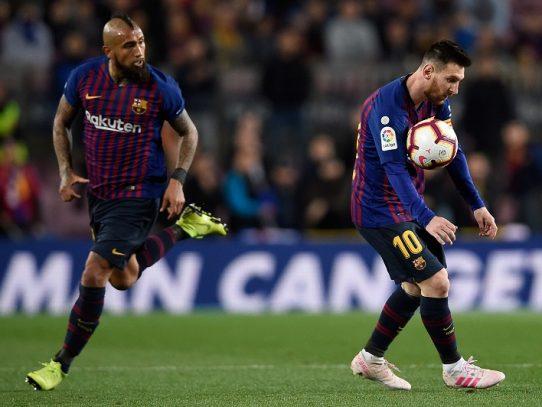 Barcelona da un paso más hacia el título tras victoria apurada contra la Real