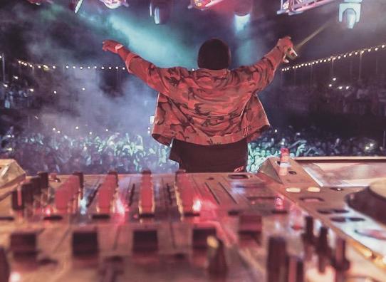 """Sech celebra su primer álbum """"Sueños"""" con presentación en Orlando, Florida"""