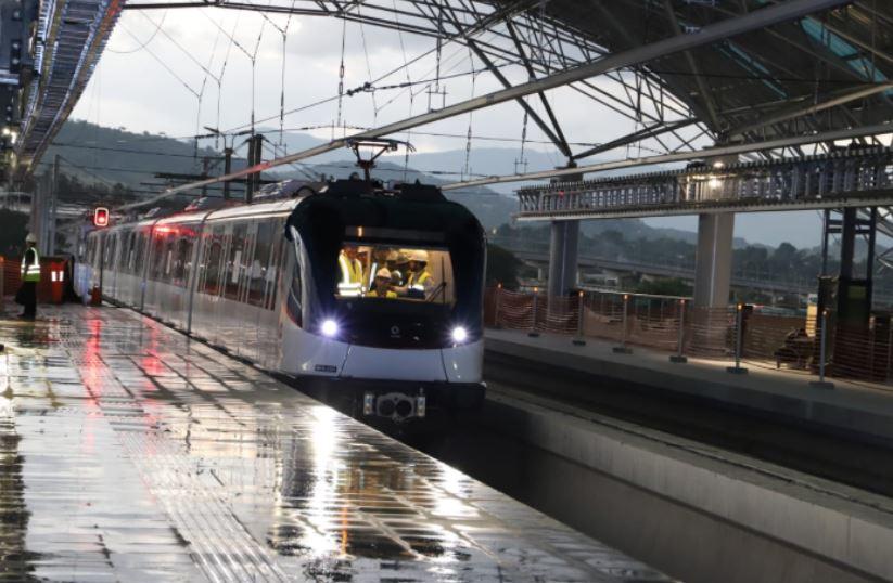 """Alcalde de Bogotá cataloga al Metro de Panamá como un """"juguete"""""""