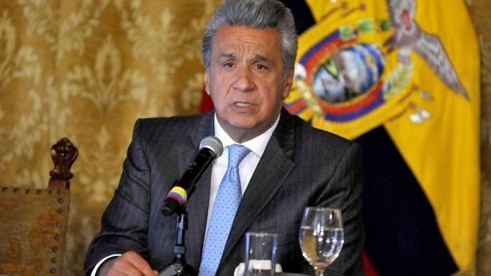 Presidente de Ecuador reduce en 50% su salario y de su gabinete por el coronavirus
