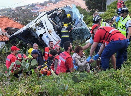 Al menos 29 muertos en accidente de autobús con turistas alemanes en Madeira