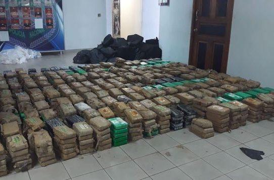 Decomisan 1,143 paquete de cocaína en puerto de Colón
