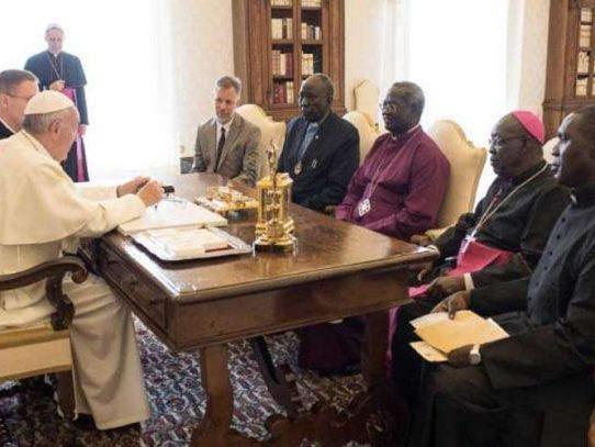 """El papa aboga por el """"respeto del armisticio"""" en Sudán del Sur"""