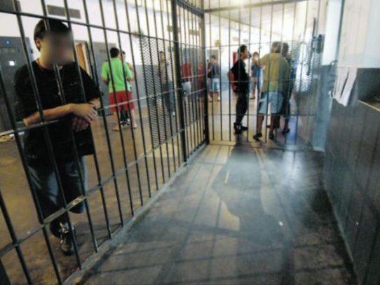 Cárceles centroamericanas hacinadas por justicia del encierro