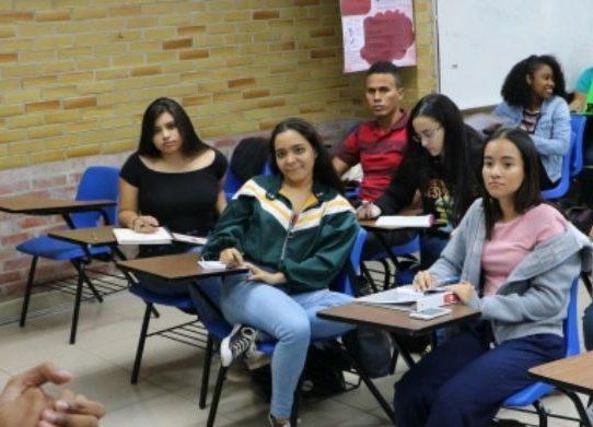 Estudiantes extranjeros pagarán el mismo costo de matrícula que nacionales en la UP
