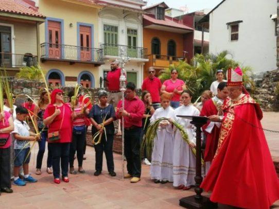 Iglesia Católica panameña dio inicio a la Semana Santa hoy Domingo de Ramos