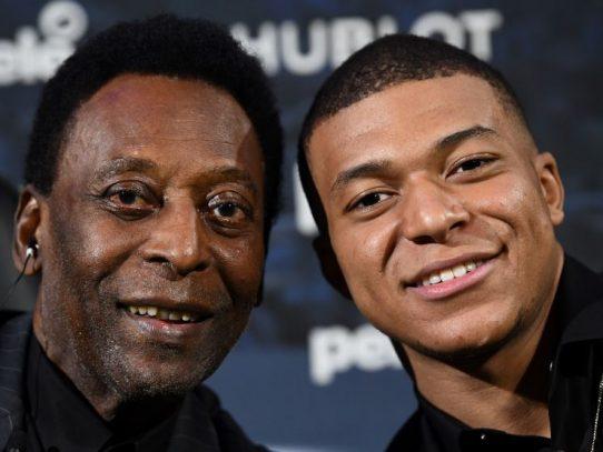 El mito brasileño Pelé hospitalizado en París tras su encuentro con Mbappé