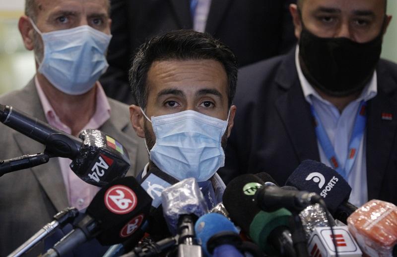 """Médico de Maradona afirma haber cuidado hasta lo imposible a un paciente """"inmanejable"""""""