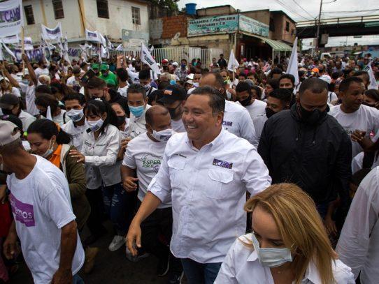 Venezuela olvida controles contra el covid-19 en la campaña electoral