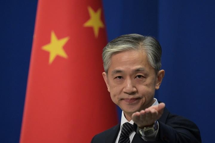 """Pekín tacha de """"chiste"""" las acusaciones de Trump tras ciberataques contra EE.UU."""
