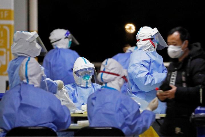 Dos drogas contra la artitris reducen muertes por covid, según estudio