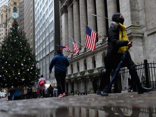Wall Street cierra con alza discreta