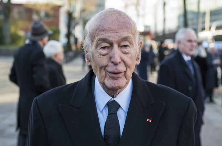 Homenajes al expresidente francés Giscard d'Estaing tras su muerte por covid-19