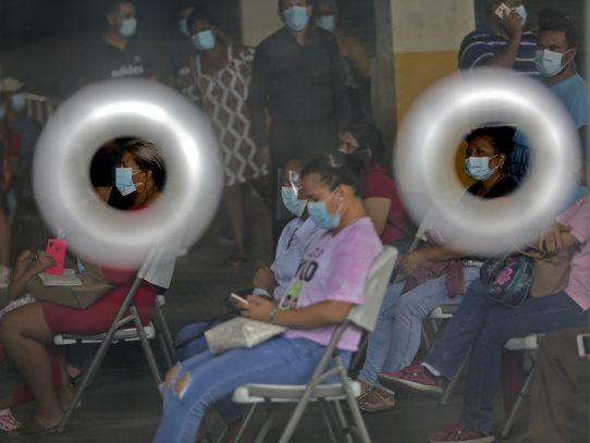 Gobierno dicta medidas para evitar aglomeraciones por incremento de contagios de Covid