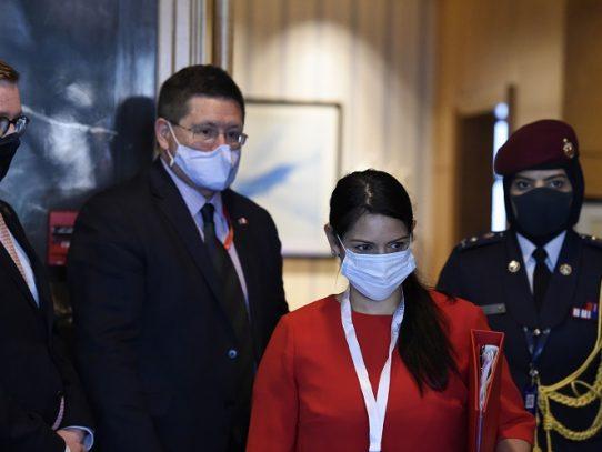 El Reino Unido busca una salida al bloqueo de sus fronteras por el coronavirus
