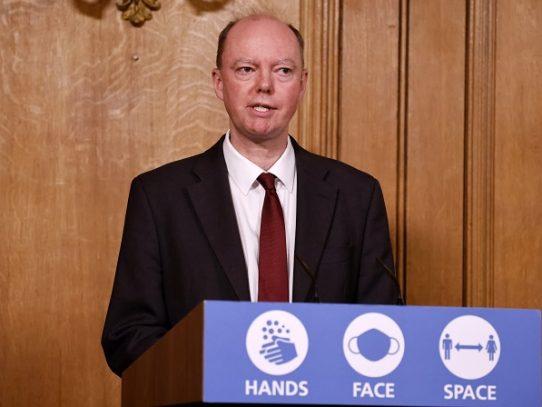 Nueva cepa del coronavirus en Reino Unido se está expandiendo de forma acelerada