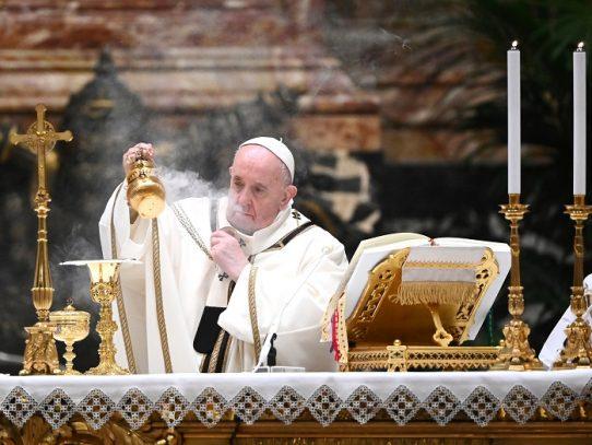 El papa Francisco anuncia un Año de la Familia