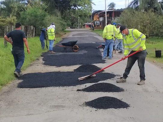 MOP intensifica labores de bacheo en calles de Chiriquí