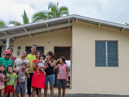 Miviot beneficia con soluciones de vivienda a más de mil 800 familias en 2020