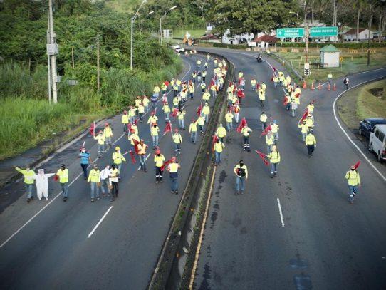 Fin de año con cierres de vías, Suntracs protesta por tercer día consecutivo