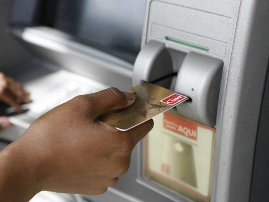 Unas cien mil tarjetas de debito han sido entregadas a pensionados