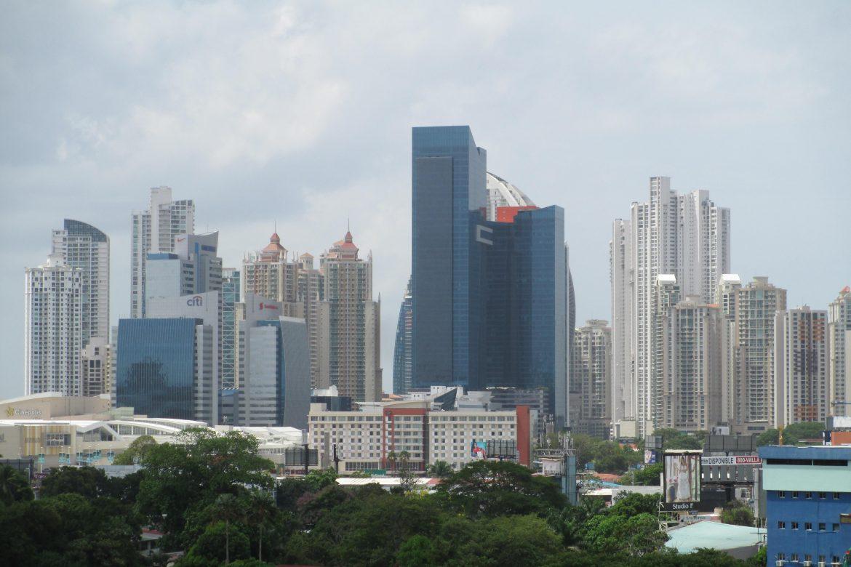 Para seguir mejorando su competitividad, Panamá debe enfrentar algunos cuellos de botella