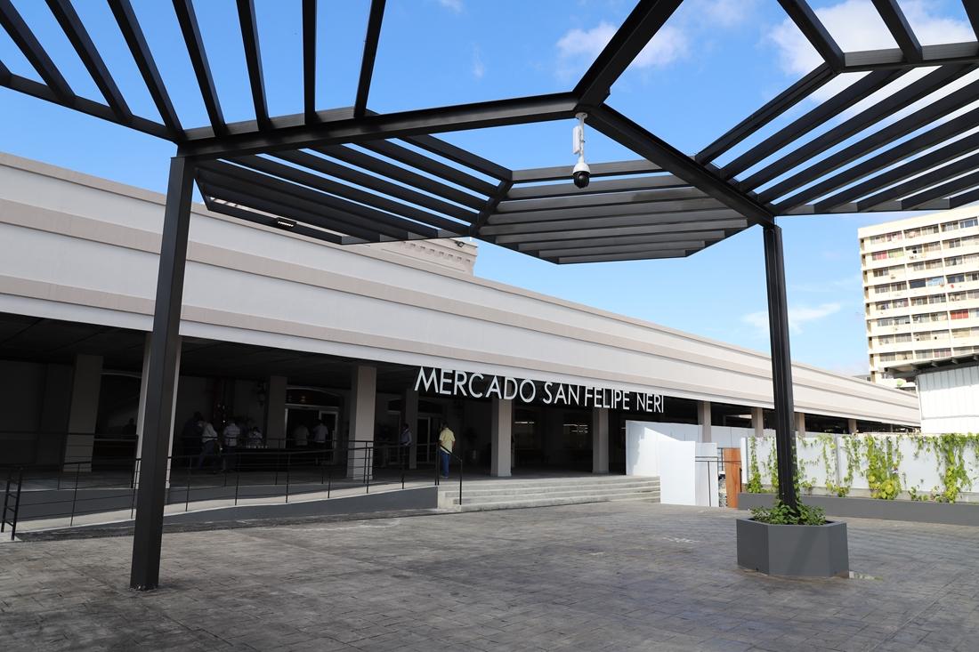 Abre sus puertas al público el nuevo y moderno mercado San Felipe Neri