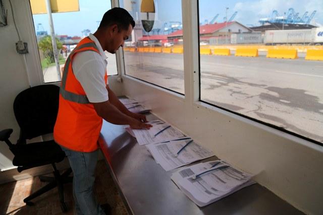 Buscan fortalecer cadena logística de comercio exterior
