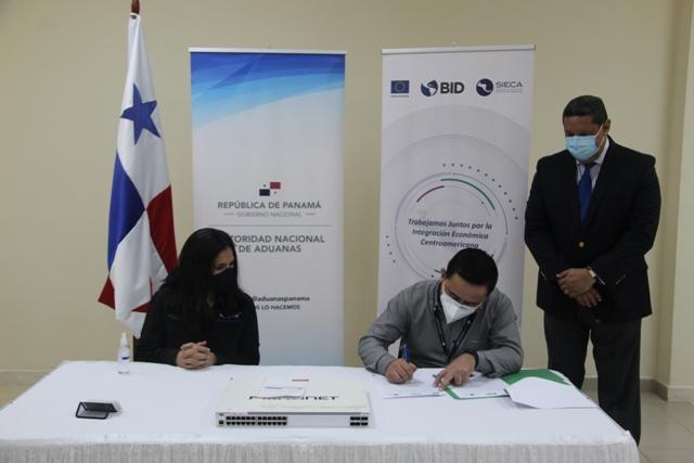 Panamá fortalece intercambio de información comercial con Centroamérica