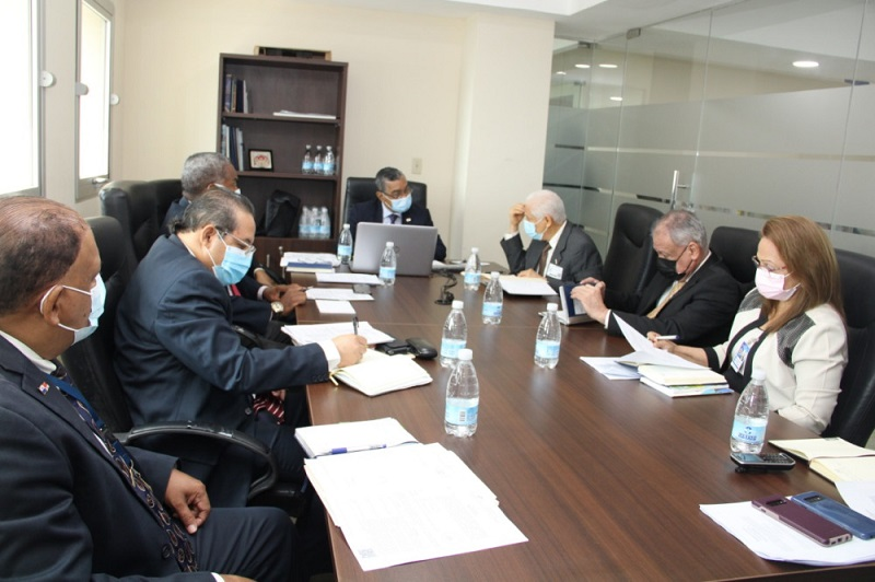 Contraloría y MEF adoptan calendario especial por cierre de año fiscal 2020