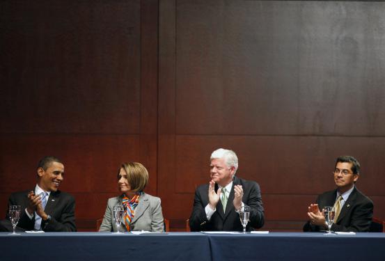 Xavier Becerra, el sorpresivo funcionario elegido para dirigir el Departamento de Salud y Servicios Humanos, es 'el Joe Biden latino'