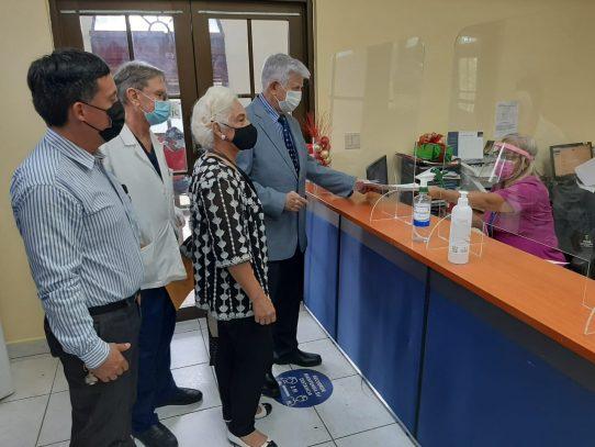 Piden aprobar el uso de dióxido de cloro para la atención de pacientes con Covid-19