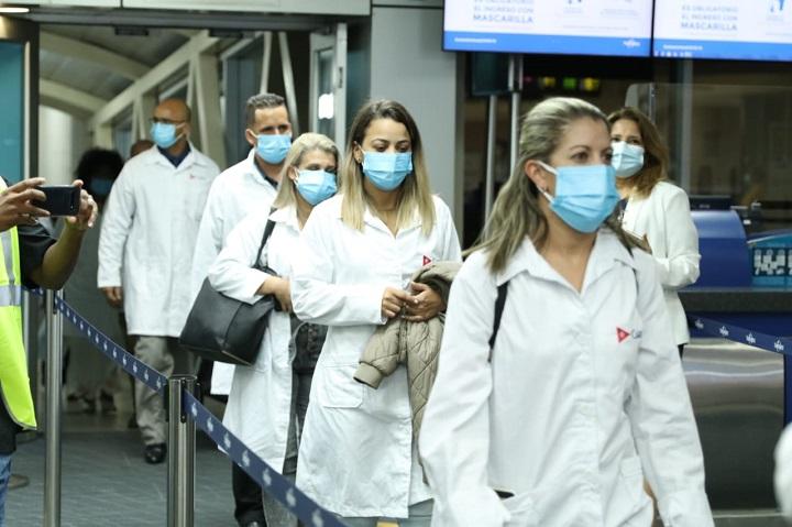 Establecen medidas para la prestación de servicios de médicos extranjeros en Panamá
