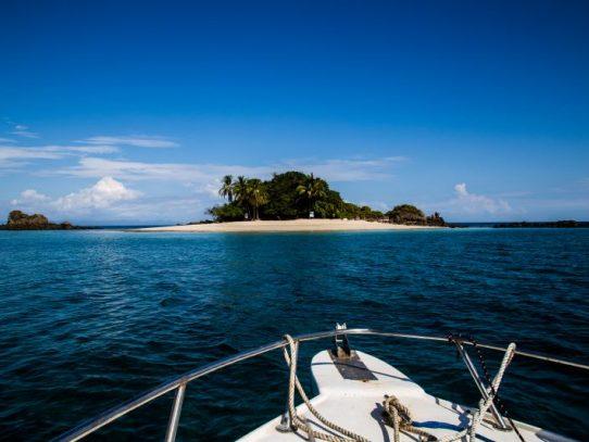 Presidente Cortizo firma decreto que establece incentivos fiscales al sector turismo