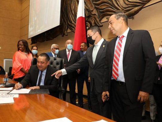 Decisiones adoptadas por el Minsa se revisten con categoría de Ley ante pandemia