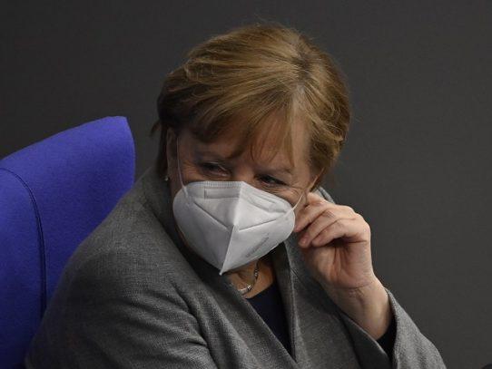 """El """"rombo"""" de Merkel, un gesto que se volvió icónico"""