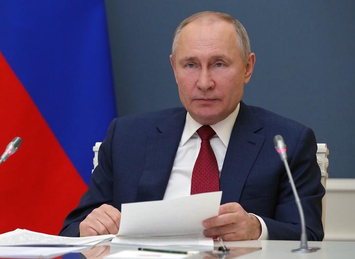 Segundo día de diálogos entre Putin y Lukashenko tras caso de avión desviado