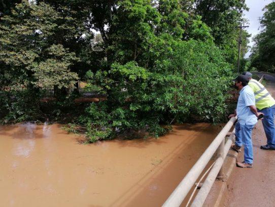 MOP atenderá puntos afectado por las inundaciones en la Costa Arriba de Colón