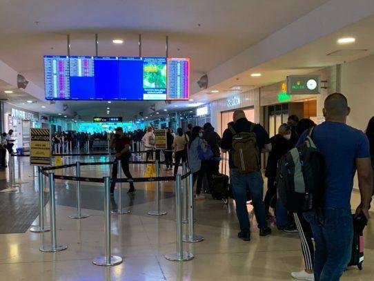 Denuncian falta de pruebas Covid-19 en el aeropuerto de Tocumen