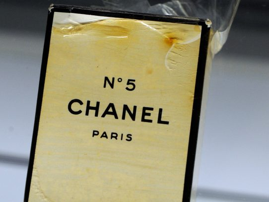 Chanel N°5 cumple 100 años sin una gota rancia